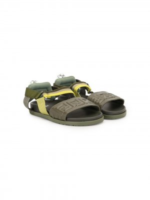 Сандалии с открытым носком и логотипом Fendi Kids. Цвет: зеленый