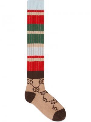 Полосатые носки с узором GG Gucci. Цвет: коричневый