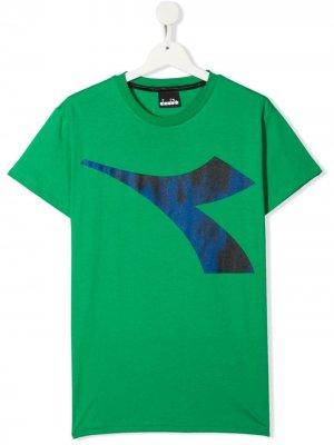 Футболка с логотипом Diadora Junior. Цвет: зеленый