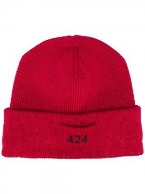 Шапка бини с нашивкой-логотипом 424. Цвет: красный