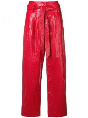 Виниловые брюки клеш 8pm. Цвет: красный