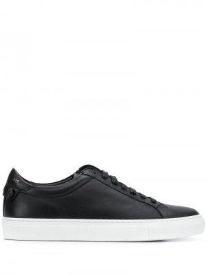 Кеды на шнуровке Givenchy. Цвет: черный