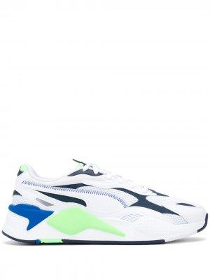 Кроссовки в стиле колор-блок Puma. Цвет: белый