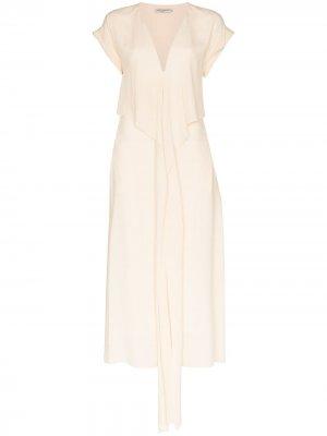 Платье миди Tilde с запахом Three Graces. Цвет: нейтральные цвета