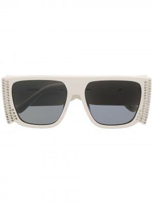Солнцезащитные очки Magda в квадратной оправе с кристаллами Linda Farrow. Цвет: белый