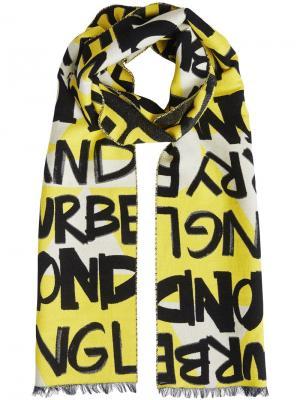 Жаккардовый шарф с принтом в стилистике граффити Burberry. Цвет: желтый