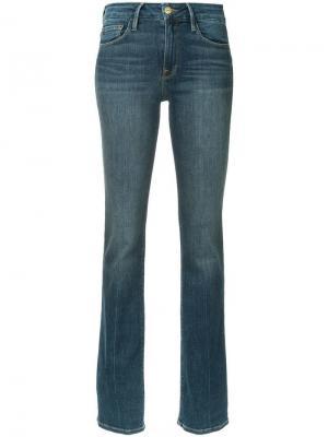 Прямые джинсы FRAME. Цвет: синий