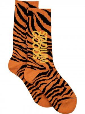 Носки с принтом Stadium Goods. Цвет: оранжевый