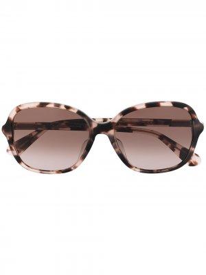 Солнцезащитные очки Bryleefs в массивной оправе Kate Spade. Цвет: коричневый