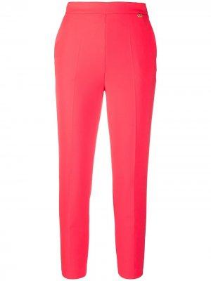 Укороченные брюки строгого кроя Elisabetta Franchi. Цвет: красный