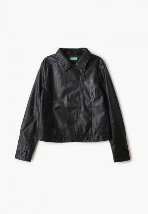 Куртка кожаная United Colors of Benetton. Цвет: черный
