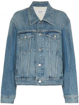 Джинсовая куртка дизайна пэчворк AMBUSH. Цвет: синий
