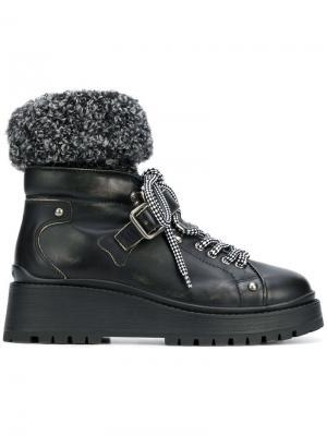 Ботинки на шнуровке Miu. Цвет: черный