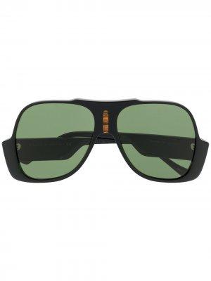 Солнцезащитные очки в массивной оправе с логотипом GG Gucci Eyewear. Цвет: черный