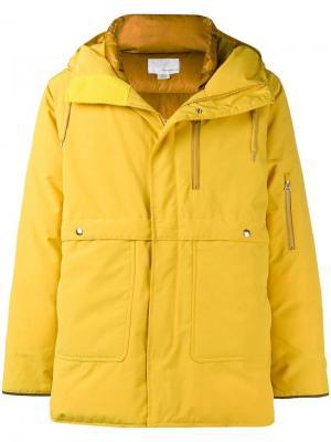 Hooded padded coat Nanamica. Цвет: желтый