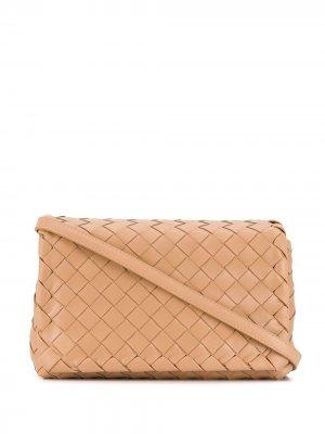 Сумка на плечо с плетением Intrecciato Bottega Veneta. Цвет: нейтральные цвета