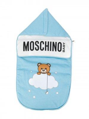 Спальный конверт с принтом Moschino Kids. Цвет: синий