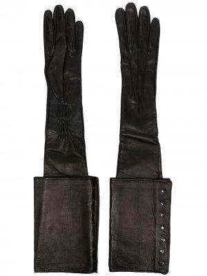 Перчатки с заклепками Manokhi. Цвет: черный