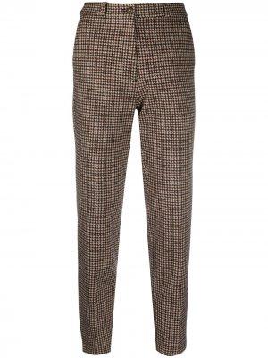 Укороченные брюки в ломаную клетку Etro. Цвет: красный