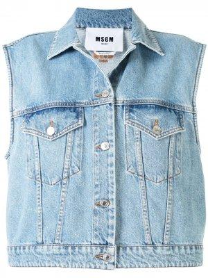 Джинсовая куртка без рукавов с вышитым логотипом MSGM. Цвет: синий