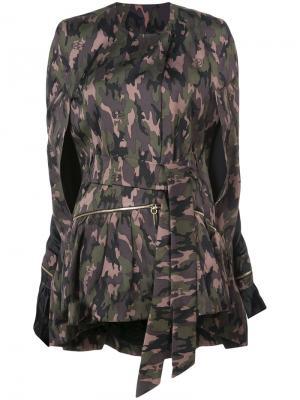 Пальто с камуфляжным принтом Thomas Wylde. Цвет: зеленый