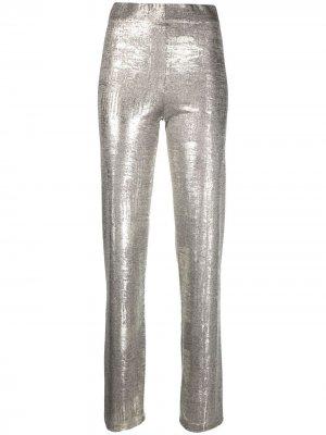 Расклешенные брюки с эффектом металлик Alysi. Цвет: золотистый