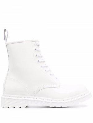 Лакированные ботинки Dr. Martens. Цвет: белый