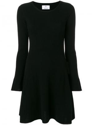Платье с рукавами клеш Allude. Цвет: чёрный