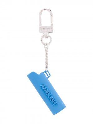 Брелок с подвеской-логотипом AMBUSH. Цвет: синий