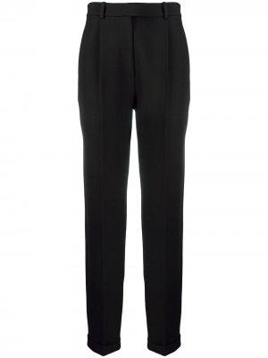 Зауженные брюки со складками Victoria Beckham. Цвет: черный