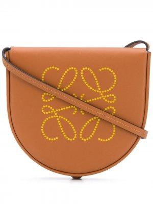Мини-сумка на плечо с принтом Anagram LOEWE. Цвет: коричневый