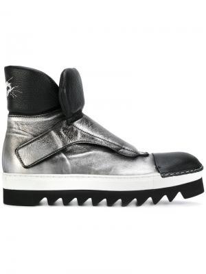 Ботинки на рифленой подошве Rocco P.. Цвет: металлический