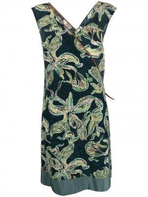 Платье с запахом и цветочным принтом Alysi. Цвет: зеленый