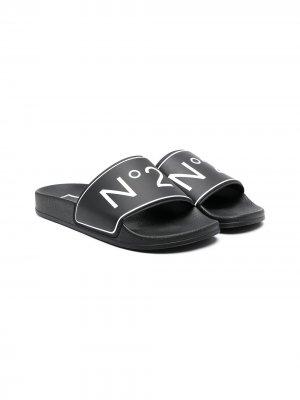 Шлепанцы с логотипом Nº21 Kids. Цвет: черный