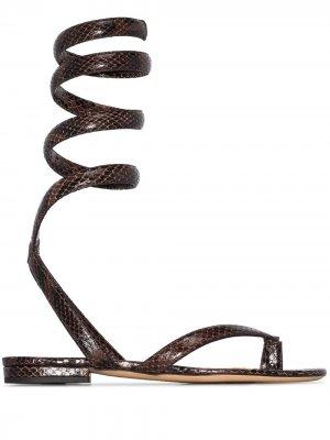 Сандалии с ремешком на щиколотке и тиснением под кожу питона Bottega Veneta. Цвет: коричневый
