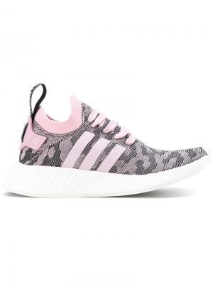 Кроссовки NMD_R2 Primeknit Adidas. Цвет: розовый