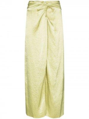 Атласная юбка миди Samara Nanushka. Цвет: зеленый