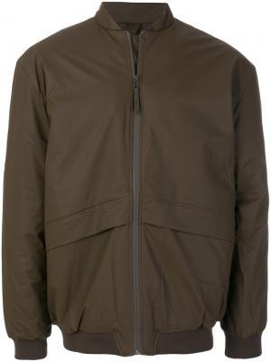 Куртка-бомбер B15 Rains. Цвет: коричневый