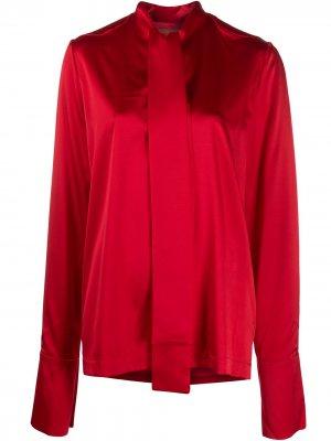 Атласная блузка с бантом Materiel. Цвет: красный