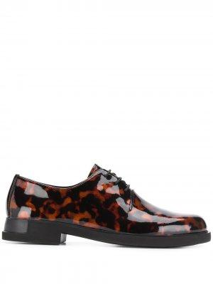 Туфли Iman на шнуровке Camper. Цвет: коричневый