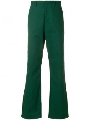 Расклешенные брюки в стиле casual Napa By Martine Rose. Цвет: зеленый