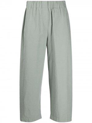 Укороченные брюки с эластичным поясом Alysi. Цвет: зеленый