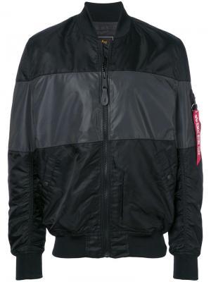 Куртка-бомбер с застежкой на молнию Alpha Industries. Цвет: черный