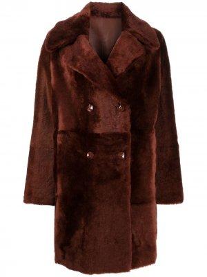 Двустороннее двубортное пальто Liska. Цвет: коричневый