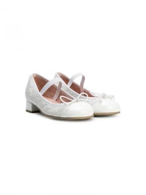 Стеганые балетки на низком каблуке Pretty Ballerinas Kids. Цвет: белый