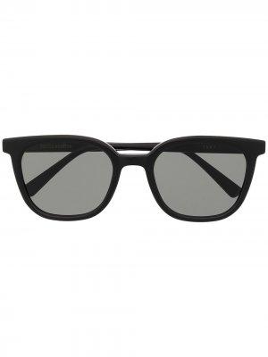 Солнцезащитные очки Tomy в D-образной оправе Gentle Monster. Цвет: черный