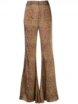 Расклешенные брюки с принтом пейсли Khaite. Цвет: коричневый